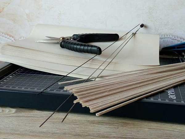 Подготовка бумажных трубочек